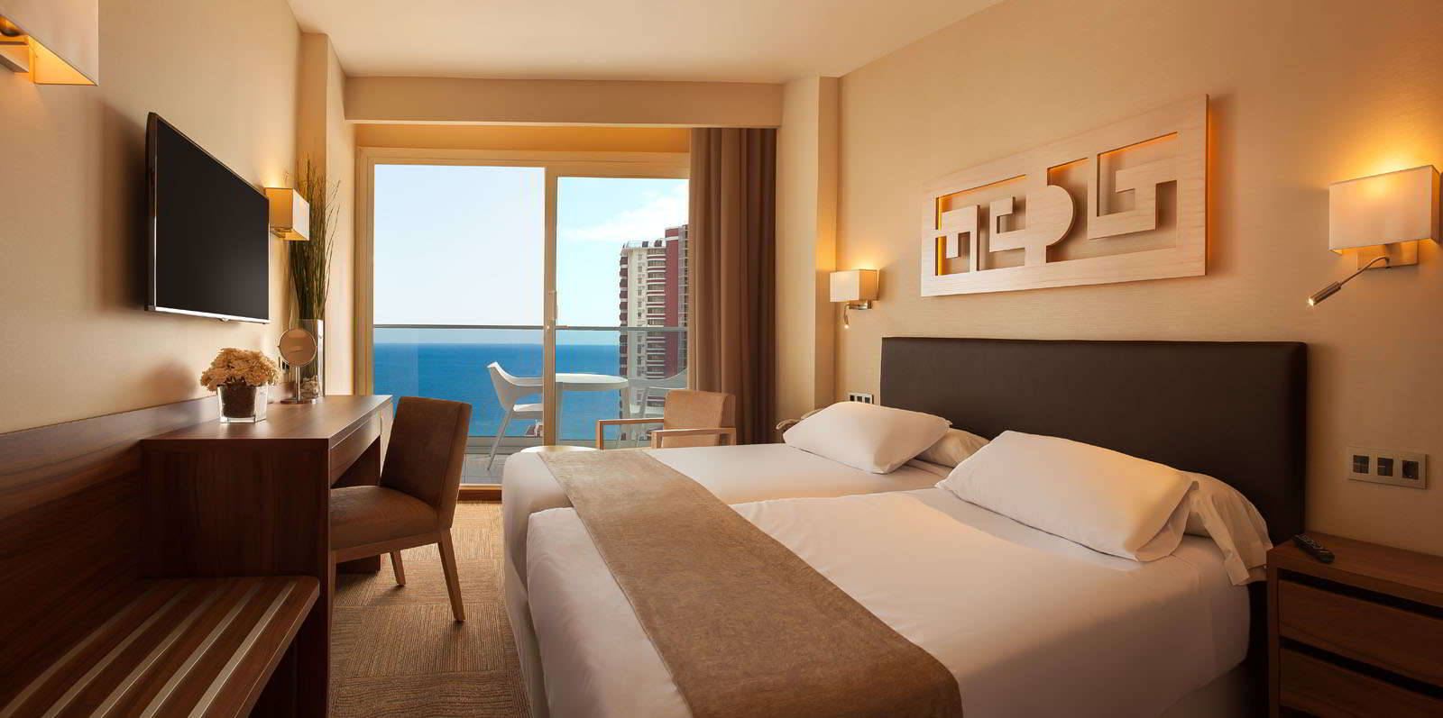 Habitación Estandar con vistas al mar del Hotel Don Pancho en Benidorm