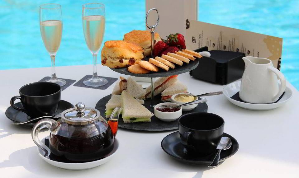 Completo Afternoon Tea en el Hotel Don Pancho