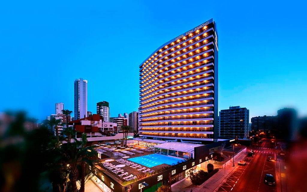 ¡El mejor lugar para comer en Benidorm está en el Hotel Don Pancho!
