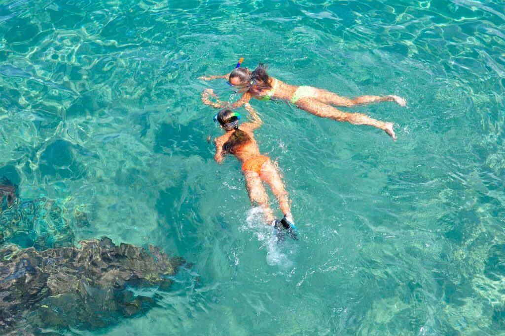 Go snorkelling to Tabarca island